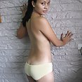 Nude and cute Filipina chick Dianne - image