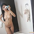 Naked selfies are the best way to impress a long distance boyfriend - image