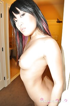 Naked at home with a cute korean GF